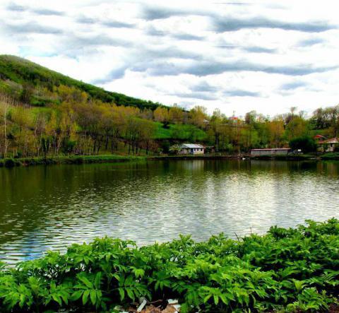 دریاچه ی اسطلخ خان در رودبار